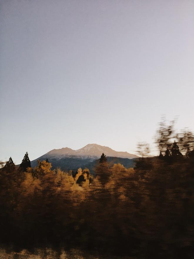 mount shasta sunrise